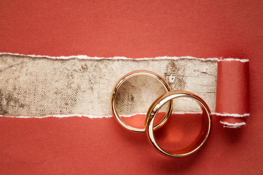 Fotolia nuotr./Vestuviniai žiedai.