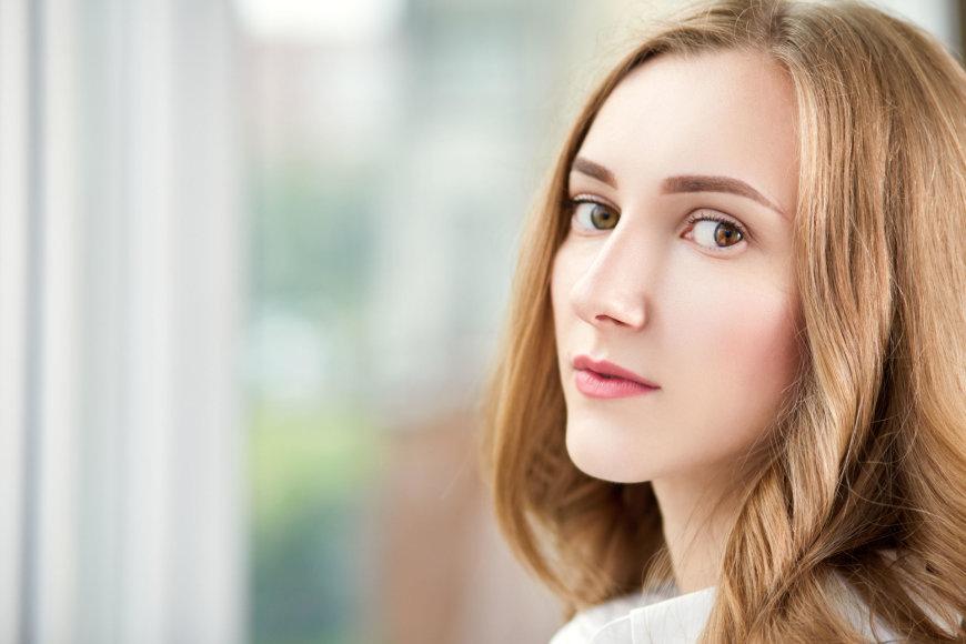 Moters veidas