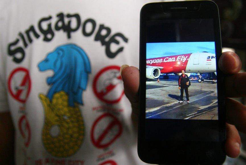 Pradingusio lėktuvo keleivių artimieji