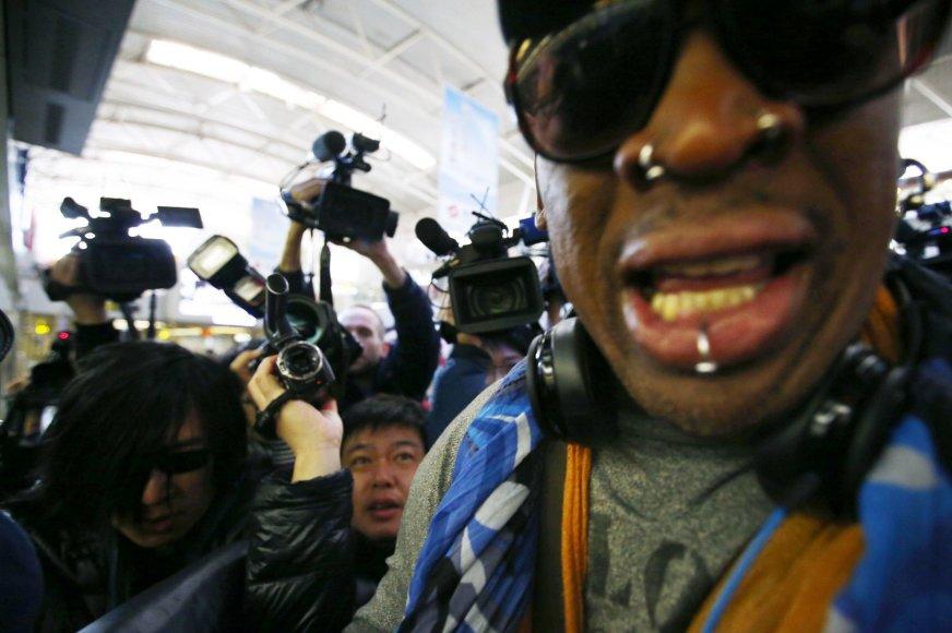 Dennisas Rodmanas pakeliui į Š.Korėją