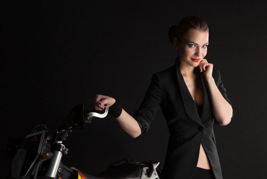 Motociklininkė Aldona Juozaitytė (Pieva)