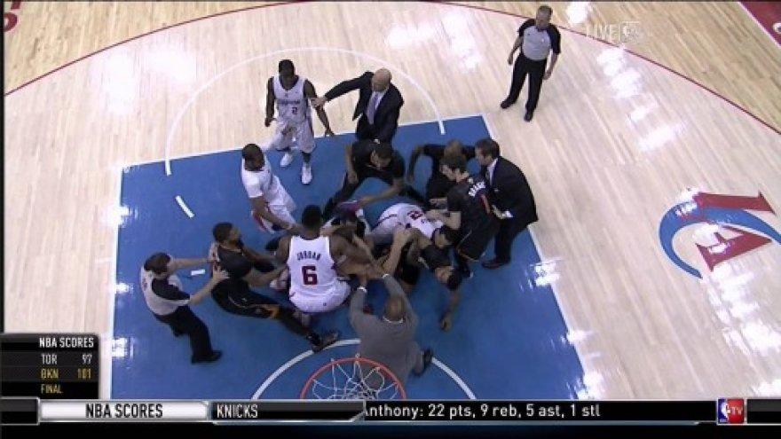 Muštynės NBA
