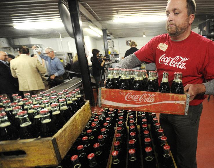 Vartotojams vis labiau rūpinantis sveikata, gaiviųjų gėrimų pardavimai mažėja jau metų metus.
