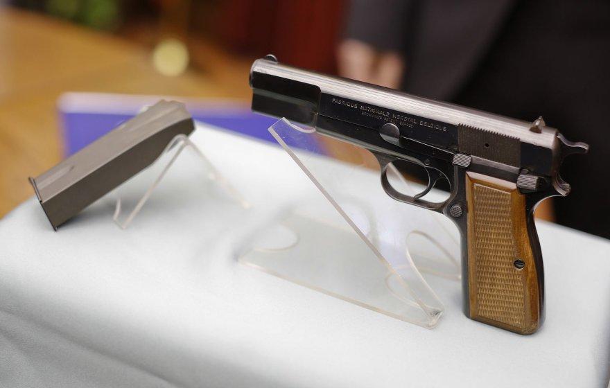"9 mm kalibro pistoletas ""Browning HP"""