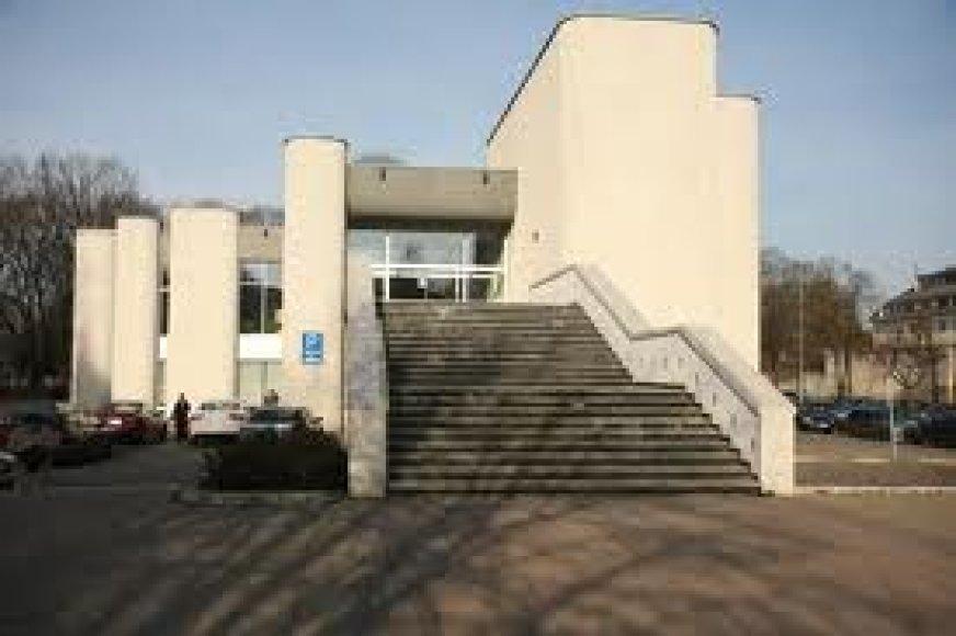 Vilniaus santuokų rūmai pastatyti ant išniekintų Vilniaus liuteronų kapinių