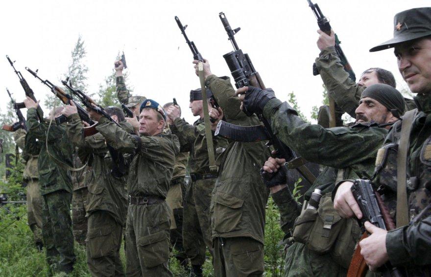 Rusijos remiami Luhansko separatistų kovotojai