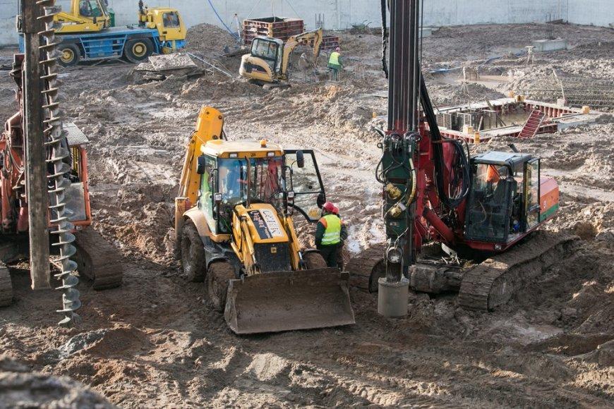 Verslo pastato statybų pradžia Vilniuje