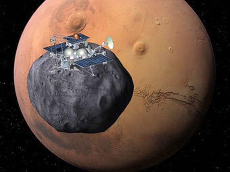Kosminis zondas skrieja aplink Žemę