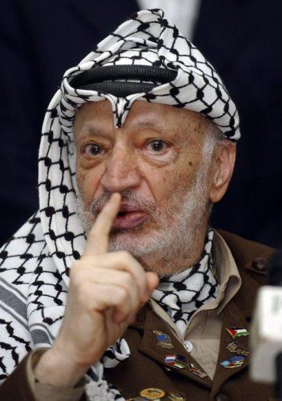 """""""Reuters""""/""""Scanpix"""" nuotr./Palestinos lyderis Yasseras Arafatas 2004-aisiais"""