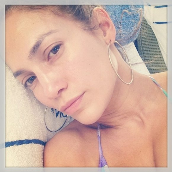 Jennifer Lopez be makiažo