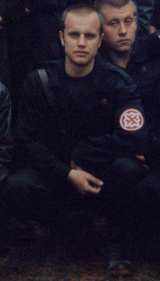 Už vadinamosios Donecko Liaudies Respublikos gybernatoriaus nuotrauką su ekstremistinės organizacijos simbolika – tūkstančio rublių bauda.