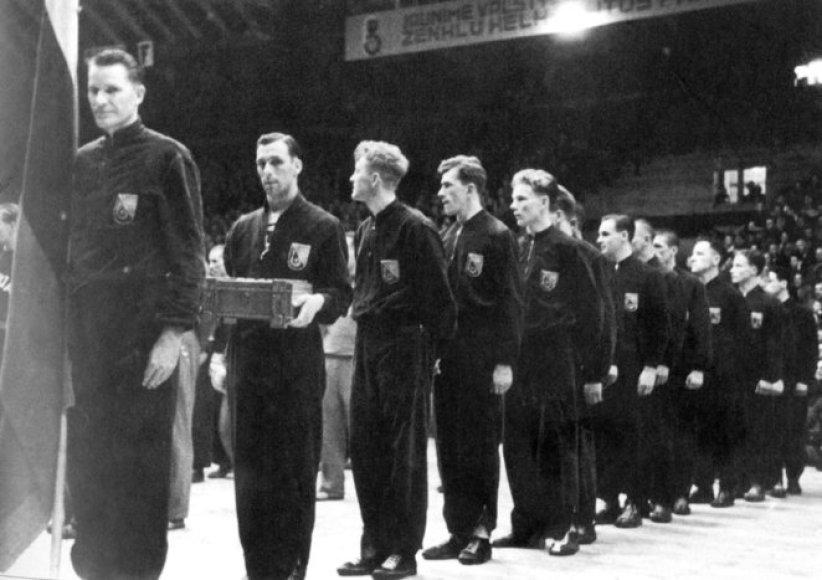 Lietuvos rinktinė Europos krepšinio čempionate prieš 75 metus