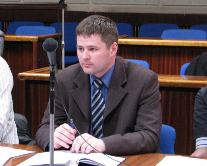 Atvirą laišką prezidentei pasirašė ir tarybos narys Viačeslavas Titovas.