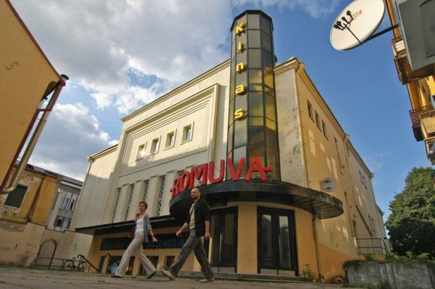 """Politikai norėtų """"Romuvą"""" atiduoti nekomerciniam kinui, tačiau kas jį rodys ir prižiūrės pastatą, neaišku."""