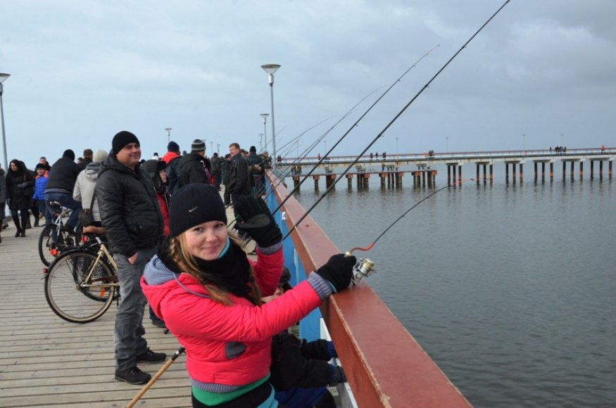 Žvejai mėgėjai vasario 14 d. kviečiami ant Palangos tilto ir kartu pasivaržyti dėl didesnio laimikio.