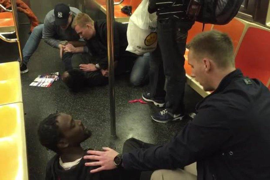 Švedijos pareigūnai Niujorko metro