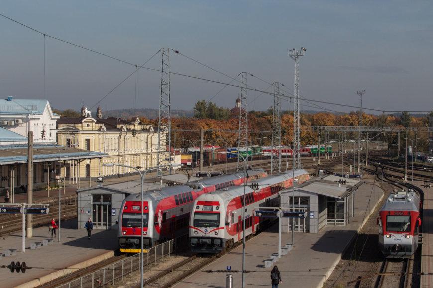 Juliaus Kalinsko / 15min nuotr./Vilniaus geležinkelio stotis