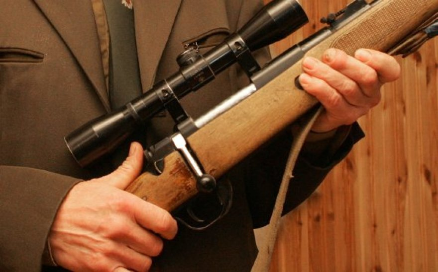 Medžiotojai į žmones šaudė taikliai, o į žvėris – ne visai.