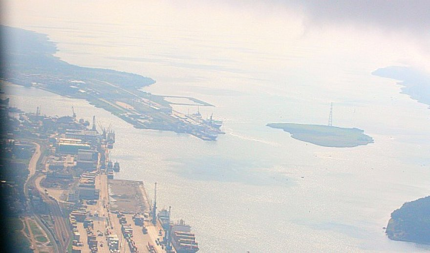 Suskystintų gamtinių dujų terminalas turėtų atsirasti prie Kiaulės nugaros - salos uosto akvatorijoje.
