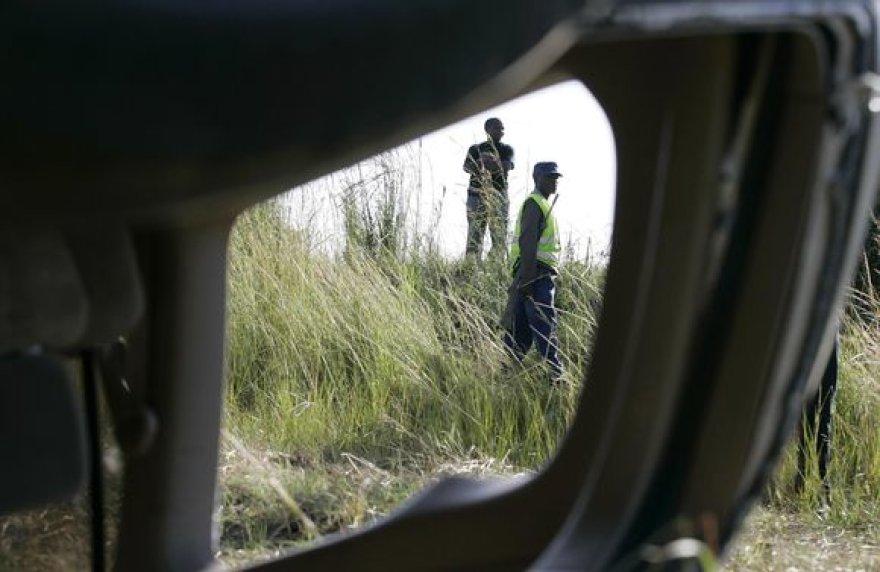 Zimbabvės ministrą pirmininką Morganą Tsvangirai ir jo žmoną vežusį automobilį penktadienį taranavo sunkvežimis.