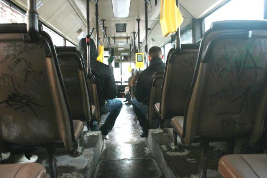 Klaipėdos autobuse buvo kilęs konfliktas tarp vairuotojo ir garbaus amžiaus keleivės.
