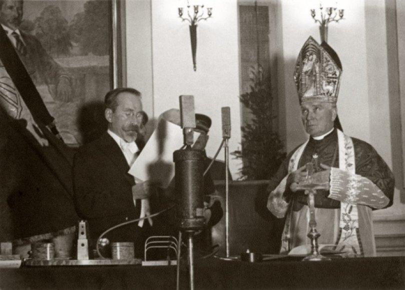 Lietuvos tarpukario prezidento Antano Smetonos priesaika 1938 m.