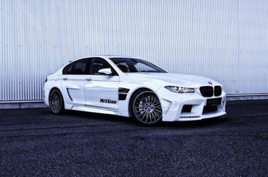 """Vokietijoje parduodamas """"Hamann BMW M5"""""""