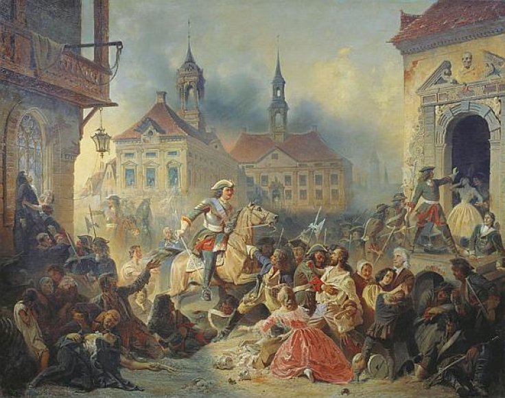 Petras I tramdo savo karius, plėšiančius Narvą.