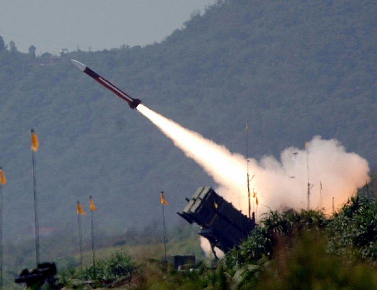 """""""Patriot"""" raketos paleidimas"""