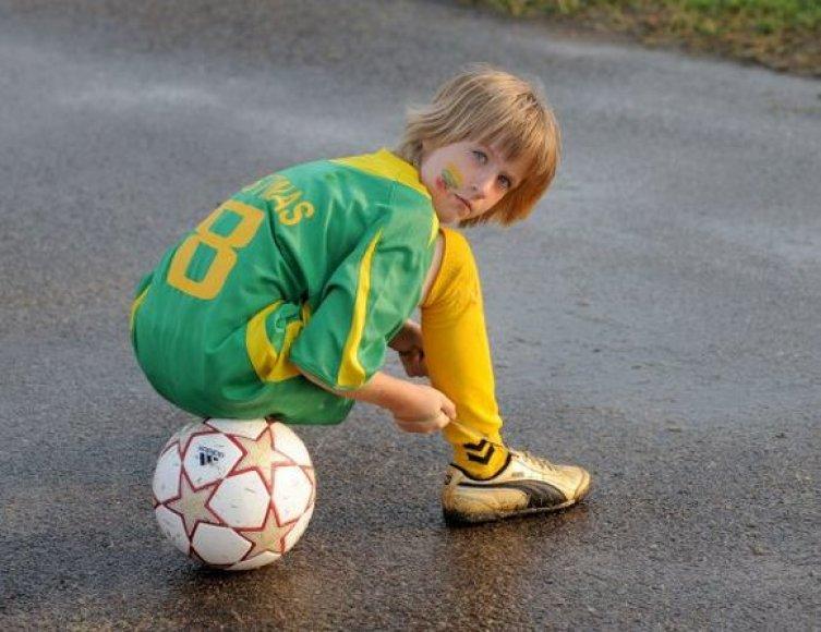 Sporto aikštynams prie mokyklų įrengti šiais metais skirta 4 mln. litų valstybės biudžeto lėšų