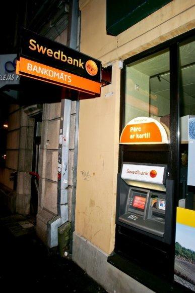 """""""Swedbank"""" bankomatas"""