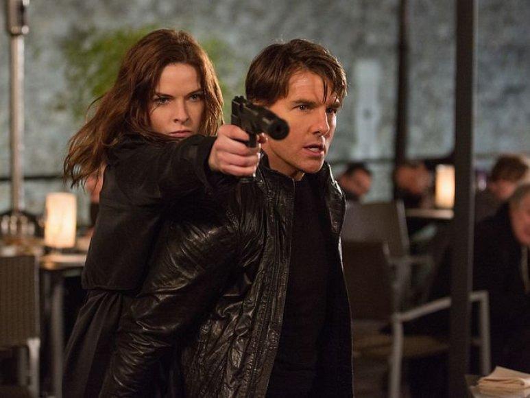"""Rebecca Ferguson ir Tomas Cruise'as filme """"Neįmanoma misija. Neprognozuojama šalis"""""""