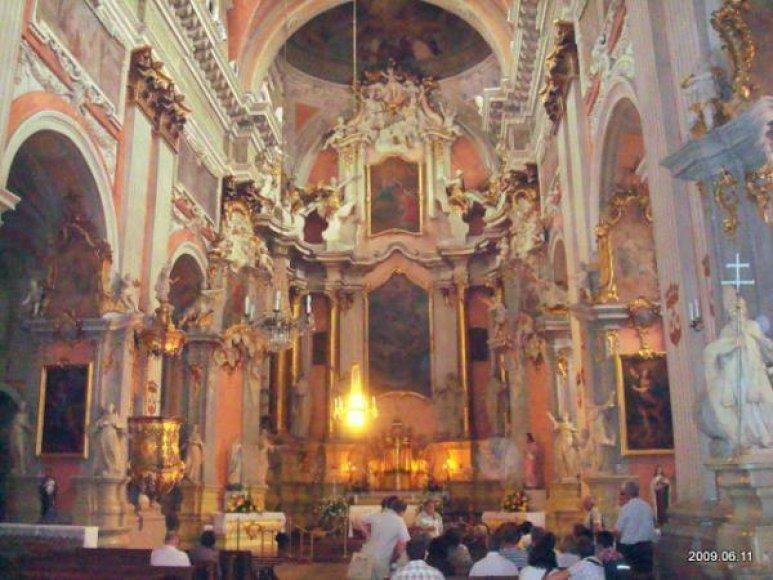 Vilniaus šv. Teresės bažnyčios vidus