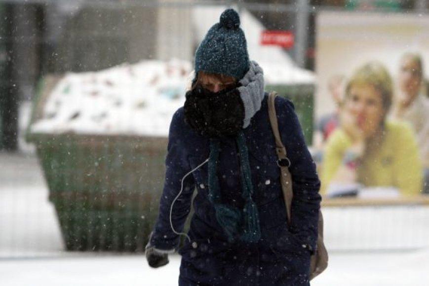 Medikai primena, kad žiemą reikėtų dėvėti tinkamus rūbus
