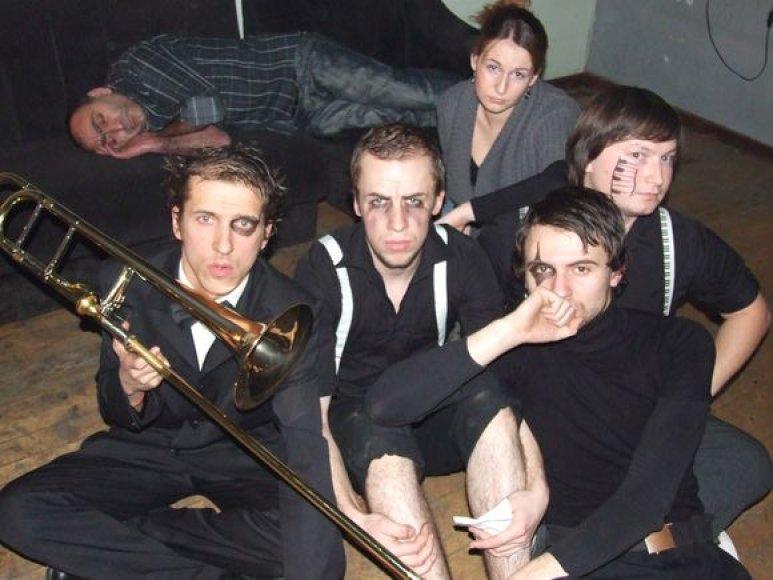 """Grupė """"Suicide DJs"""" kupina įspūdžių grįžo iš koncertinių gastrolių."""