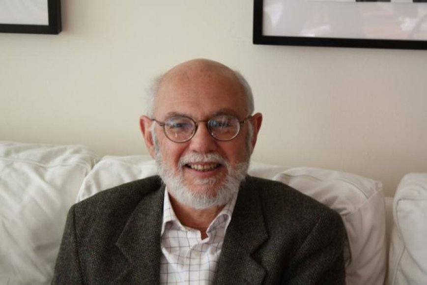 Niujorko universiteto profesorius Davidas Konstanas
