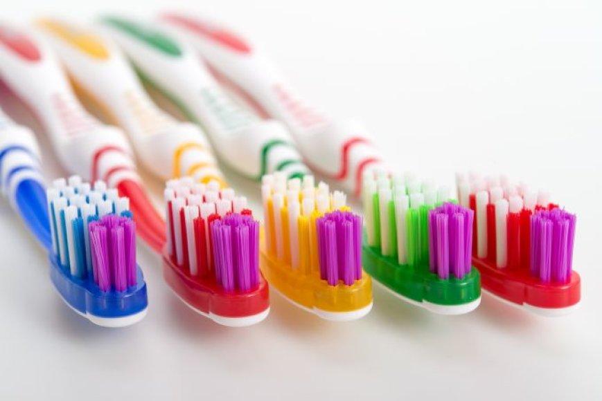 Dantų šepetėlių įvairovė