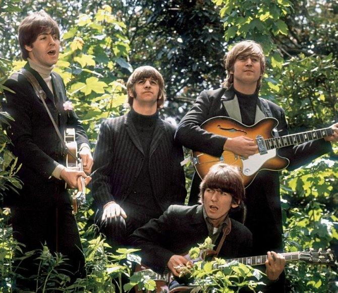 """""""The Beatles"""" nariai dainos """"Rain"""" vaizdo klipo filmavime"""