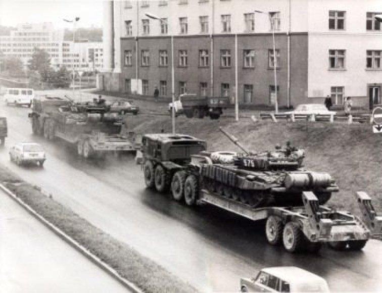 Išvažiuoja Rusijos armijos karinis ešelonas