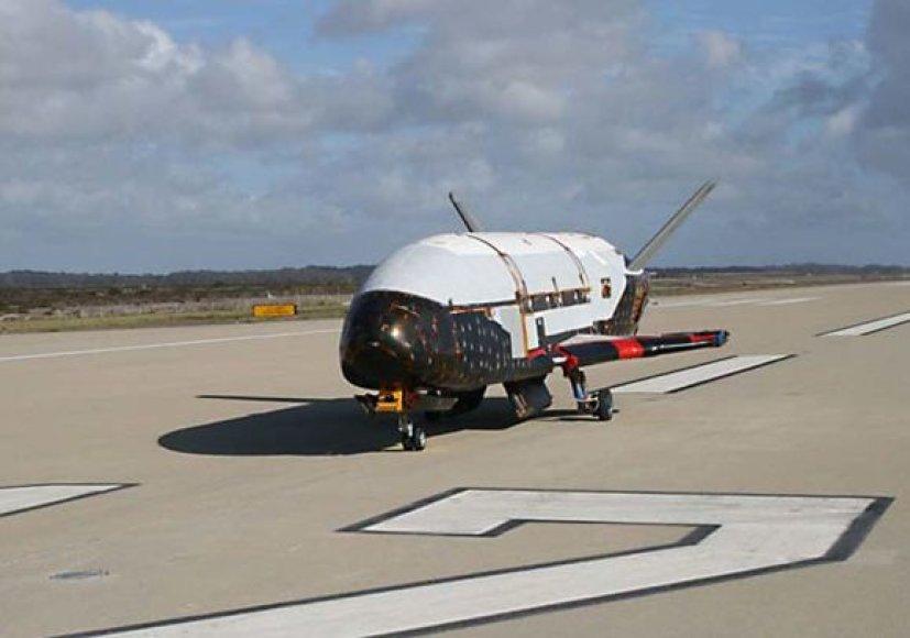 Bepilotis lėktuvas X-37B