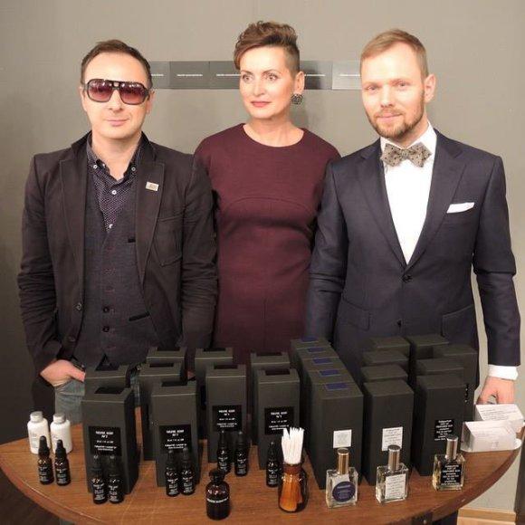 Aistis Mickevičius, Edita Vigelytė ir lietuviškos parfumerijos atstovas Rygoje Kaspars Ozolinš