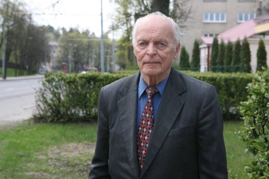Politikas ir visuomenės veikėjas Aloyzas Sakalas
