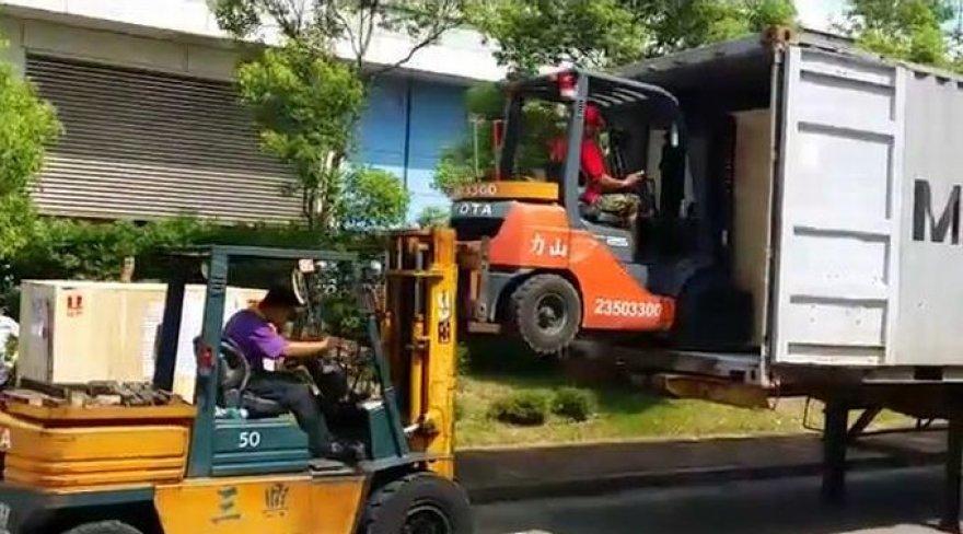 Darbuojasi Taivano krovikai