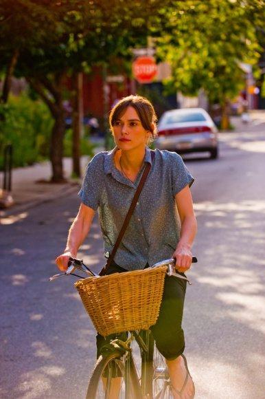 """Keira Knightley filme """"Dar kartą, iš naujo"""" plakatas"""
