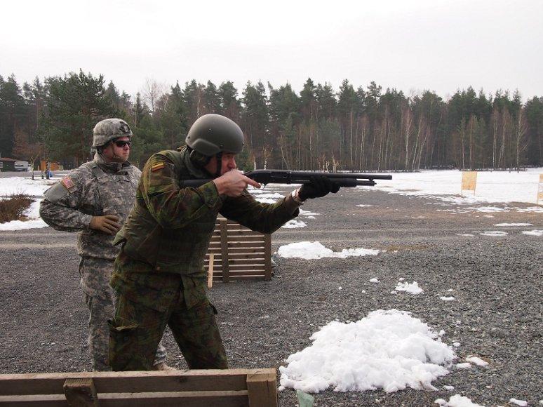 Lietuvos kariai dalyvavo šaudymo kursuose Vokietijoje