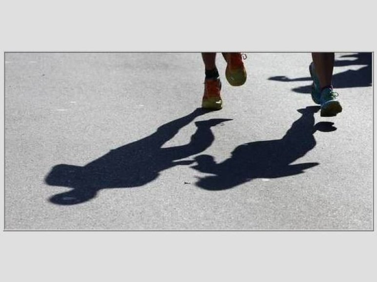 Maratono bėgime pasitaiko kuriozų.