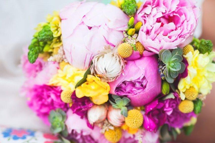 Pavasario gėlių puokštė