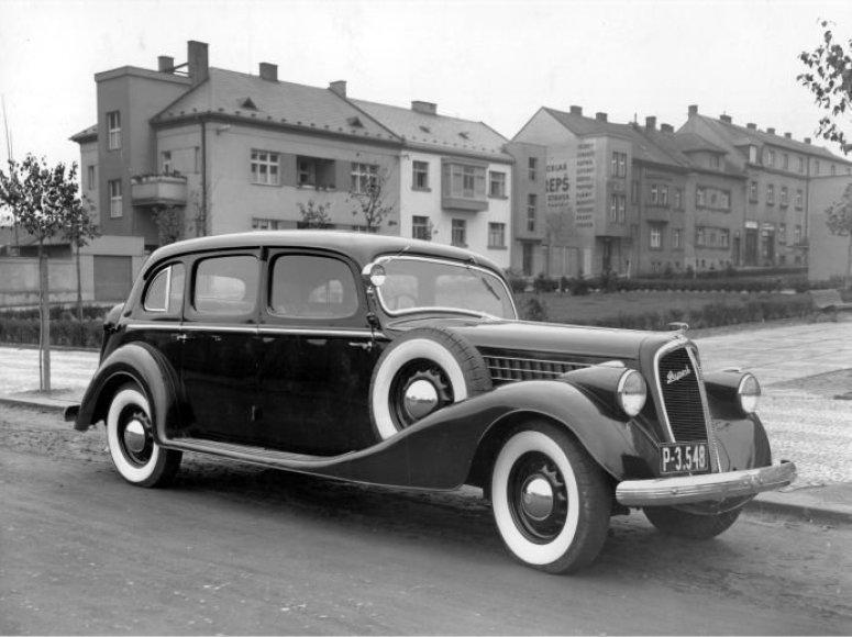 """""""Škoda Superb"""" (1935 m.)"""