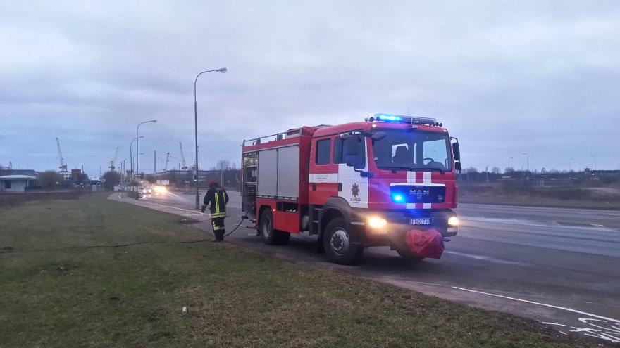 Gaisras Klaipėdos pietinėje dalyje