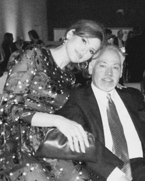 Eva Mendes su vyresniuoju broliu Carlosu
